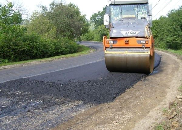 Cluj: Aproape 300 de km de drumuri judetene pe care s-a turnat asfalt in ultimii doi ani