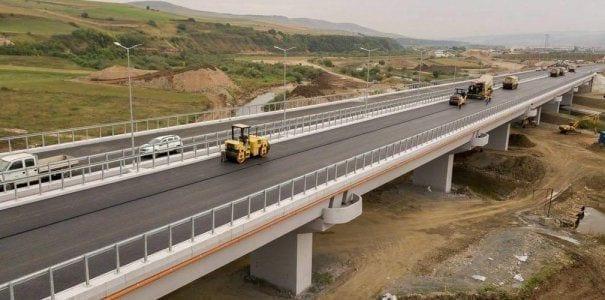 Construcția podului de la Gilău, care unește două autostrăzi, finalizată