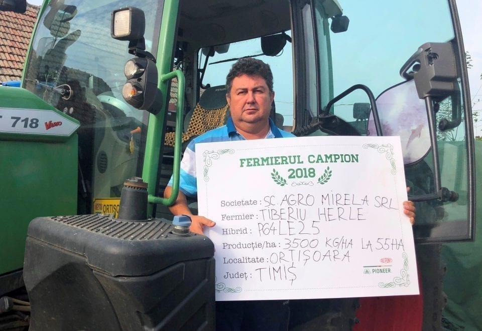 - Tiberiu Herle 960x661 - Fermierii campioni la floarea-soarelui din vestul țării