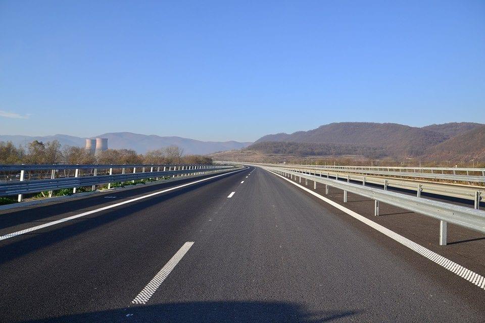 - autostrada lugoj deva6 960x640 - Premier: Termenul de finalizare a autostrăzii Ploieşti – Comarnic – Braşov ar putea fi 2024