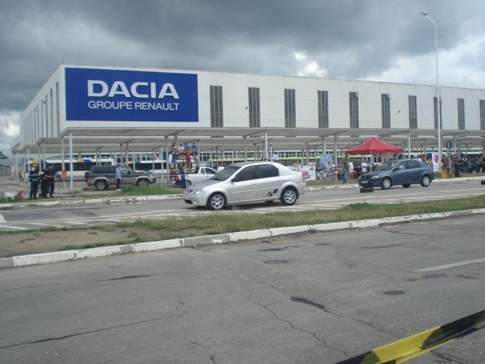 - Dacia Mioveni Renault 960x720 - O nouă revoluție pentru Dacia: Prezentarea în premieră a unei mașini de oraș 100% electrică