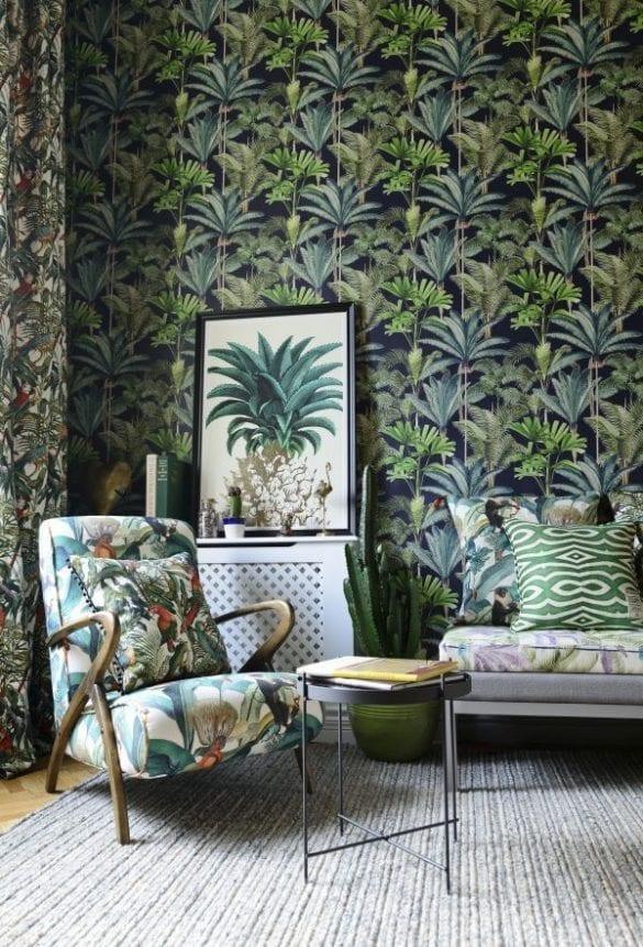 - Bermuda armchair with Parrots cushion 585x861 - MINDTHEGAP. În lumea tapetului, abajururilor și a textilelor care cuvântă