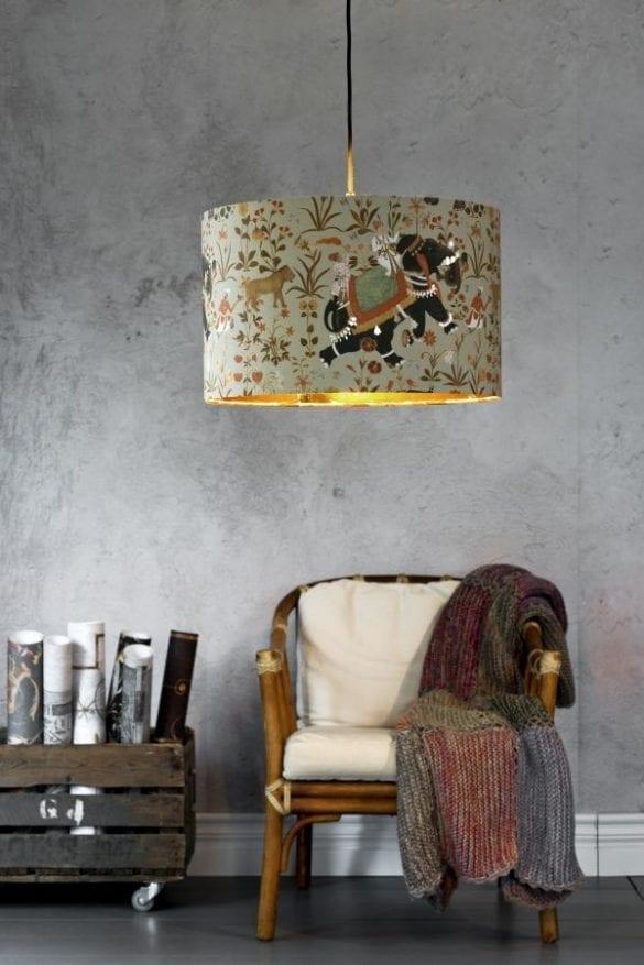 - Hindustan pendant lamp 45cm 585x877 - MINDTHEGAP. În lumea tapetului, abajururilor și a textilelor care cuvântă