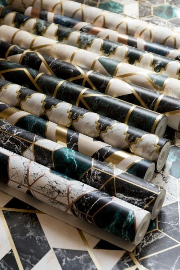 - Manhattan Metallic Edition 02 585x877 - MINDTHEGAP. În lumea tapetului, abajururilor și a textilelor care cuvântă