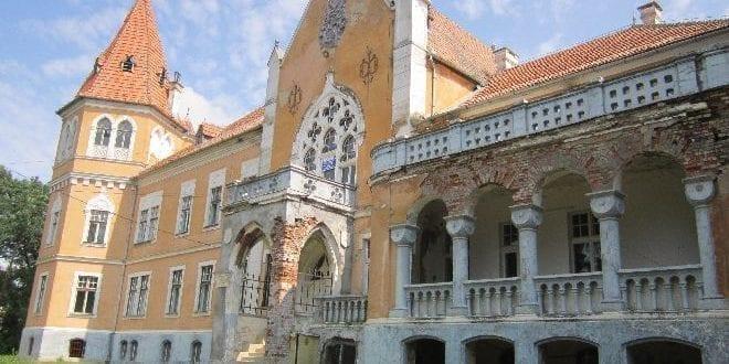 - castel ugron - Castelul Ugron, Mureș, are nevoie de 1 milion de euro pentru restaurare