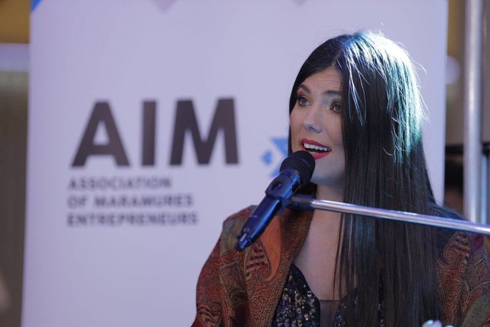 Paula Seling le-a cântat antreprenorilor din Maramureș