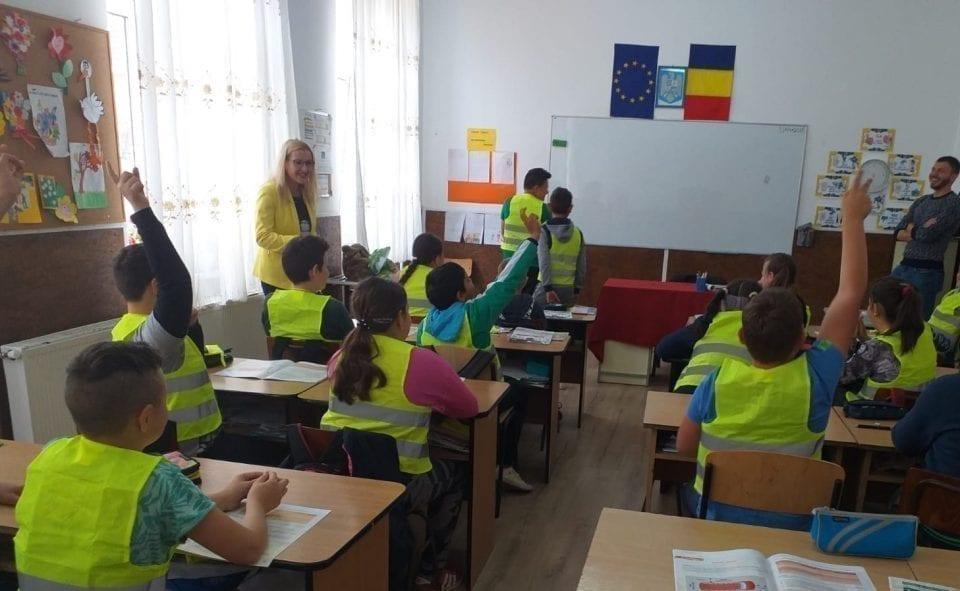Holcim se implica in educatia rutiera a copiilor