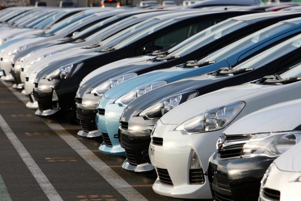 Înmatriculările și producția de autoturisme în românia a scăzut cu peste 50% în aprilie față de anul trecut - masini 960x641 - Înmatriculările și producția de autoturisme în România a scăzut cu peste 50% în aprilie față de anul trecut