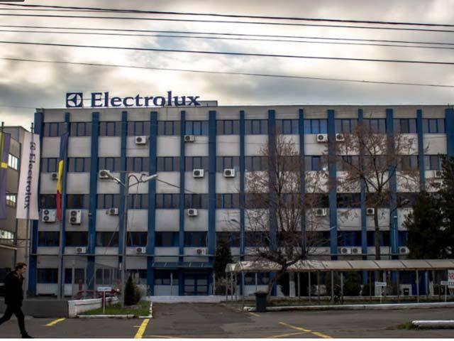 electrolux satu mare își va relua activitatea cu condiții sporite de securitate - 8 electrolux satu mare1 - Electrolux Satu Mare își va relua activitatea cu condiții sporite de securitate