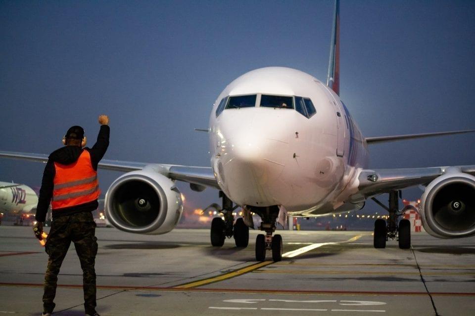 - AIAIC 960x640 - Aeroportul clujean își trimite angajații în șomaj tehnic