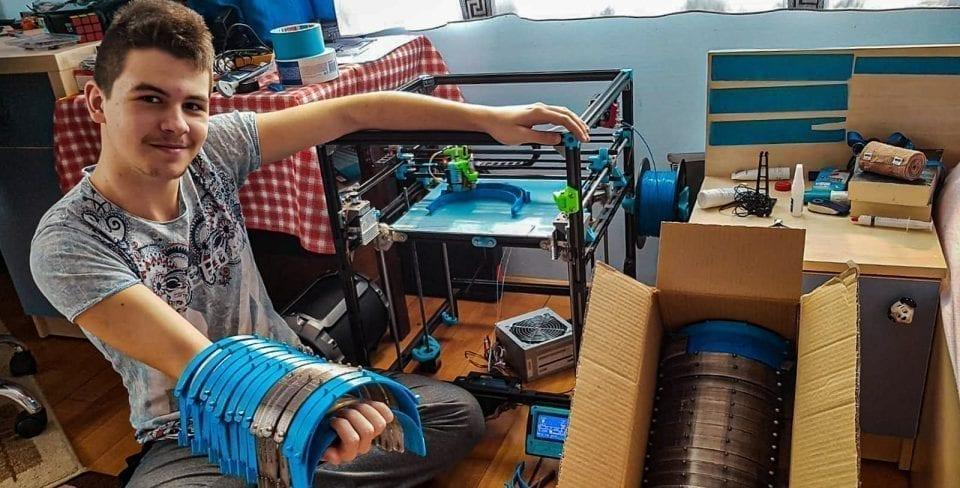 - Robocorns 960x488 - Echipa băimăreană Robocorns a dat roboții pe viziere