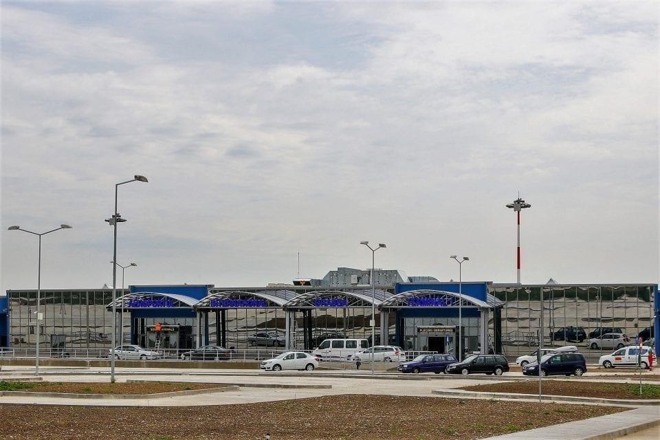 - Aeroport lucrari 960x640 - Se lucrează la racordarea drumurilor din incinta Aeroportului Oradea la DN 79